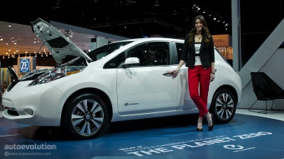 2013-naias-updated-nissan-leaf-is-made-in-usa